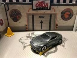 Aston Martin DBS Premium - Rodas Borracha - Hot Wheels