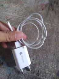 Carregador de iPhone