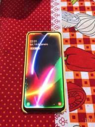 Sansung A20   32GB com 2 meses de uso