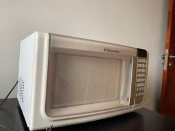 Micro-ondas Electrolux 23 l