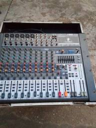 Vendo mesa de áudio Behringer x1832 no caiser