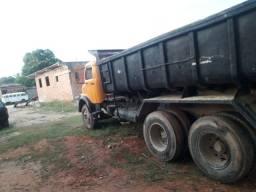 Caminhão trucado  caçamba 12a 13 metros