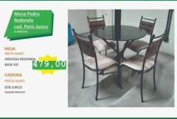Mesa redonda de 4 cadeiras