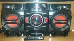 Mini System LG CM4340 Preto com Auto DJ CD Player Rádio AM/FM Dual USB MP3 - 200W<br><br>