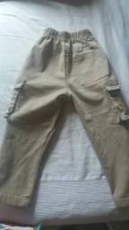 Vendo essa calça para criança de 5 a 7 anos nova