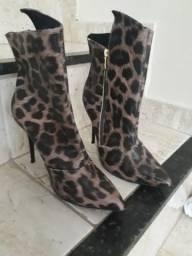 Bota 38, feminina, Impacto Shoes.