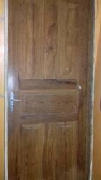Porta de Madeira com aduelo