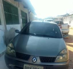 Clio Sedan Alize - 2005