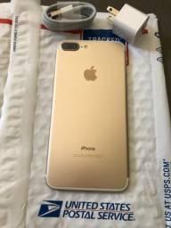 IPhone 7 Plus Gold 32GB em estado de novo ACEITO CARTÃO