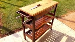 Mesa de churrasco