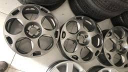Vendo ou troca esse aros 17 com pneus