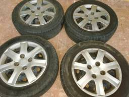Jogo de rodas 14 com pneus