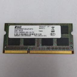 Uma memória DDR3-1333 de 2GB para laptop