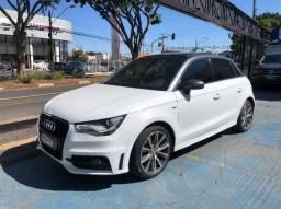 Audi A1 . 4P