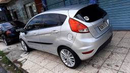 Vendo New fiesta 1.6 2014