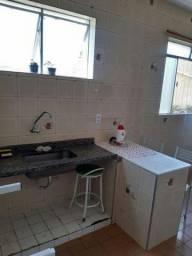 Alugo quarto (apenas mulheres) R$350