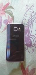 Vende-se Samsung s6 só  com a tampa traseira um pouco trincada mas não interfere em nada.