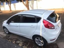 Ford Fiesta 1.6 16V Flex Aut. 5p 14/15