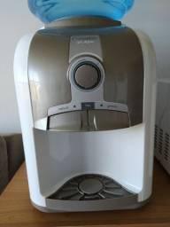 Filtro refrigerador de água