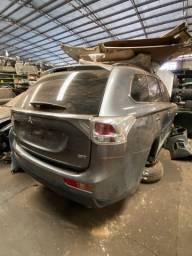 Sucata para retirada de peças- Mitsubishi V6 outlander 2014