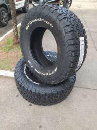 Jogo de pneu BF Goodrich 35x12.50R18