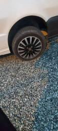 Troco roda 14 por 13 com pneus bons