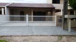Casas na quadra da praia de Itapoá SC.Balneário Paese