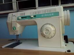 Vendo uma máquina de costura Singer facilita 43