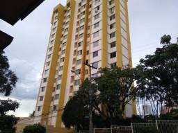 Apartamento 2 quartos, armários, prox a praça universitária, financia