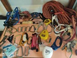Vendo equipamentos de alpinismo industrial