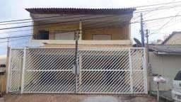 Sobrado a venda próximo a Avenida Mato Grosso