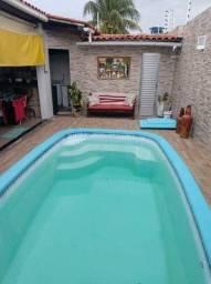 M47 - Casa com piscina em Vila Nova (URGÊNCIA!!)