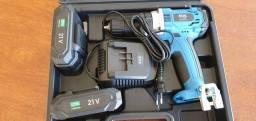 Parafusadeira e furadeira EOS 21v com 2 baterias