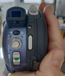 Câmera Canon DC 210