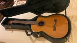 Raridade, violão Takamine CP-132S-CW