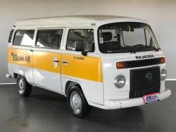 VW Kombi 15 Lugares 2013