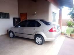 Fiesta Sedan 1.0 8v Completo