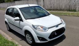 Ford Fiesta Hatch 1.0 SE 2014 - Muito Novo