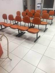 Vendo cadeiras longarinas