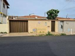 Casa com 4 dormitórios à venda, 282 m² por R$ 400.000 - Parquelândia - Fortaleza/CE