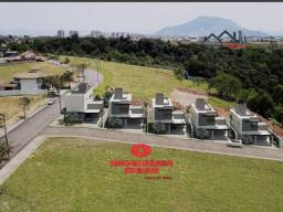 UED - Maravilhosa casa 3 quartos com suíte em Morada de Laranjeiras