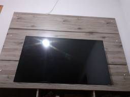 "TV LG 49"" SMART TELA TRINCADA"