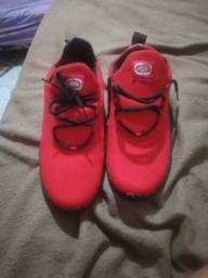 Sapato novo Okley