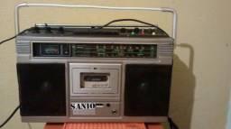 Vendo Rádio toca fita Sanyo dev1976 original