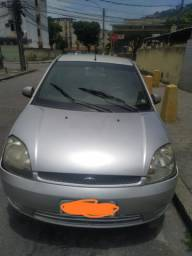 Carro Fiesta ano 2002/2003 - completo