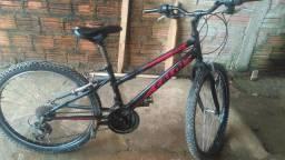 Bicicleta Caloi Max  300$