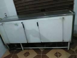 Freezer espositor gelado. Bom estado de conservaçao