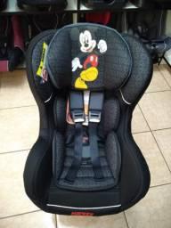 Cadeira Mickey 0 a 25kg, reclinável e com base