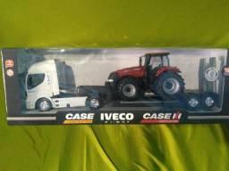 Caminhão IVECO HI-WAY Agrícola Miniatura 1/32
