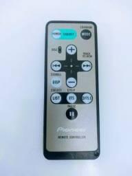 So o controle remoto disqueteira Pioneer CXB6798